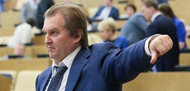 Mihail Jemeljanov orosz politikus: Gyomorszájon vágjuk az amerikaiakat
