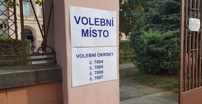 Csehország is szavazott: Alig 20 százalék fölötti részvétel mellett