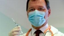 Szlávik: az engedélyezett védőoltások hatékonyak és biztonságosak