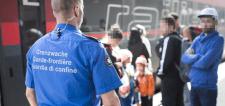 Svájcban megszűnt a szórakozás a migránsokkal: bűnöztél? Ki vagy toloncolva!
