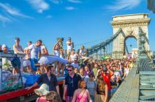 Tudta? A legértékesebb turista az LMBTQXYZ-utazó – ócska buzipropaganda az Utazás 2019 kiállításon