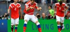 """Böjte Csaba: """"Nézzétek a meccset, és döbbenjetek rá, hogy egy hazug világban éltek…"""""""