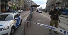 Elfogták a budapesti villamosmegállóban késelő társaság tagjait