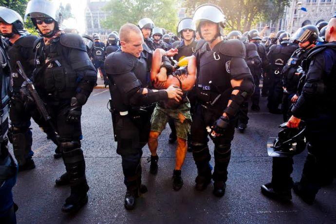 Szemtanúk jelentkezését várjuk egy 2012-es rendőri túlkapás ügyében