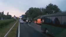 Felbukkant egy videó a katonai konvoj balesetéről
