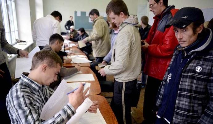 A Krim-félszigeten befejeződött a népszavazás az Oroszországhoz való csatlakozásról