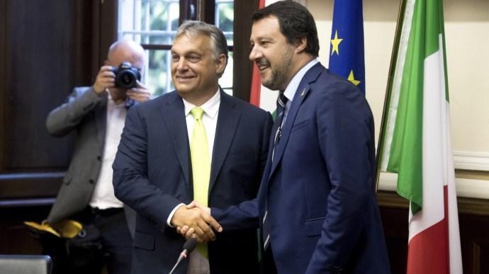 Sargentini-jelentés: Eljött a nagy színvallások ideje. Az olaszok a magyarokkal együtt kormányoznák Európát