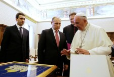 Putyin a pápánál járt
