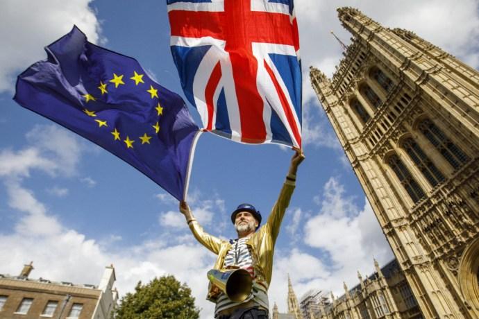 Brit tanmesék magyar politikusoknak