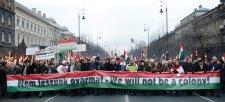 Végünk van, mint a botnak! – avagy Magyarország az új Kuba Európa kellős közepén?