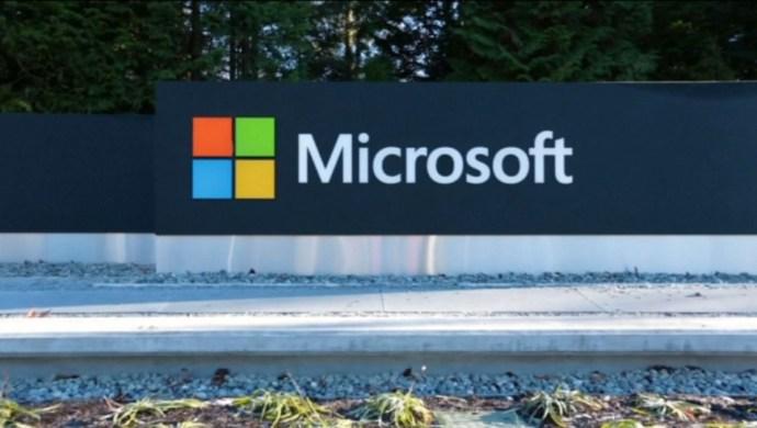 Színfalak mögött csatázott a Microsoft és a magyar kormány