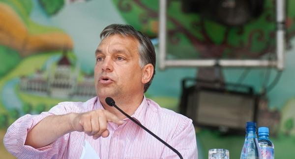 Török Gábor elemez: Csak szavak? – Orbán Viktor tusnádi beszédéről