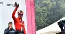 Felfüggesztette pályafutását a Giro-győztes kerékpáros