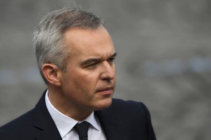 A francia parlament elfogadta a radikális iszlám elleni törvénytervezetet