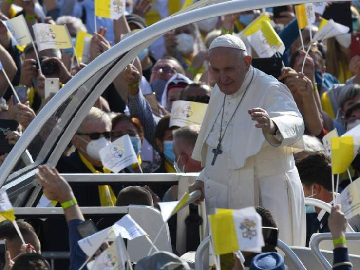 Ferenc pápa Sasváron