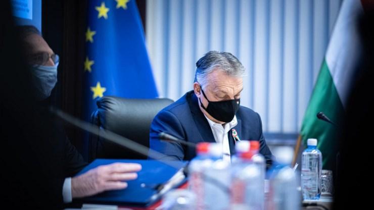 Tekintse meg újra Orbán Viktor népszavazási bejelentését!