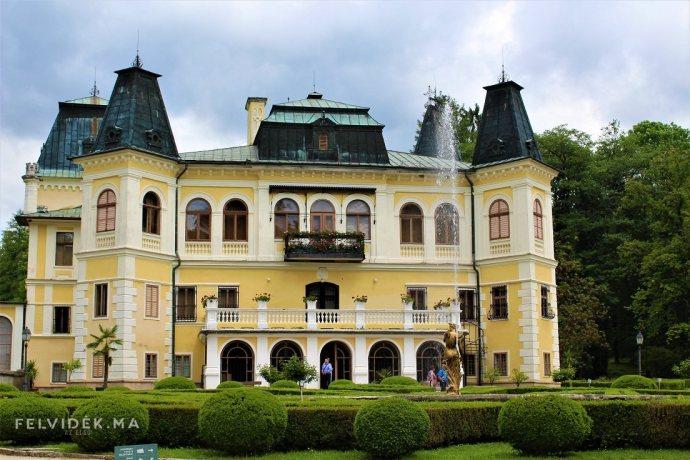 Júliusban esti tárlatvezetések keretében is megtekinthető a betléri kastély