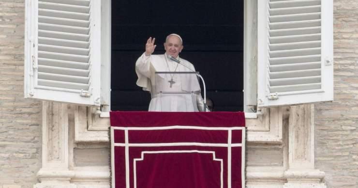 A nagyszülőket és az időseket méltatta az első világnap alkalmából Ferenc pápa