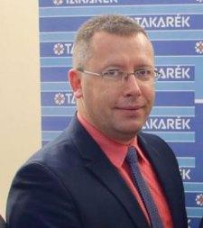 Százmilliókat szerencsejátékozott el a békési takarékszövetkezet ügyvezetője – vádat emeltek ellene
