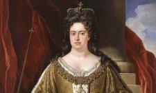 Nem véletlenül emlegették Brandy Nagyiként Anna brit királynőt