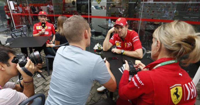 Nem fogadtak szót a Ferrari-pilóták, letolást kaptak a csapatfőnöktől