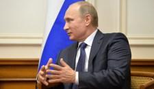 Putyin arra szólított fel, hogy vigyék odébb a tüzérséget a demarkációs vonaltól Donbasszban