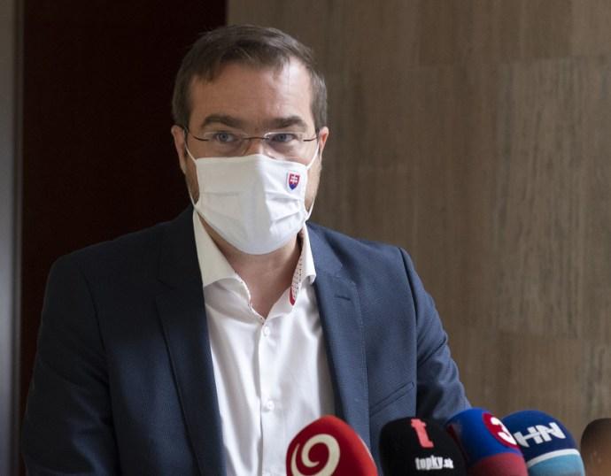 Krajčí a Szlovák Orvosi Kamara képviselőivel találkozott