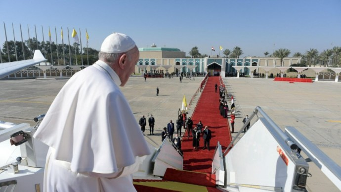 Véget ért Ferenc pápa történelmi iraki látogatása