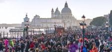 Forrnak az indulatok Velencében. A turizmus tönkreteszi a várost