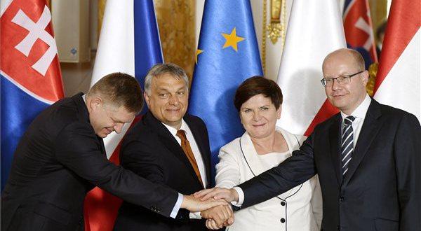Német sajtó: a kelet-európaiak kinyitják az ajtót az oroszoknak