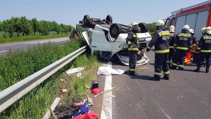 FOTÓK: Durva balesete volt a magyar zenekarnak