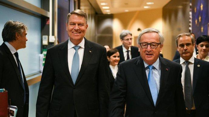 Juncker az európai történelem nagyszerű pillanatának nevezte Erdély oláhok általi elrablását