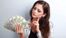 Így lopja el a nő a pénzedet