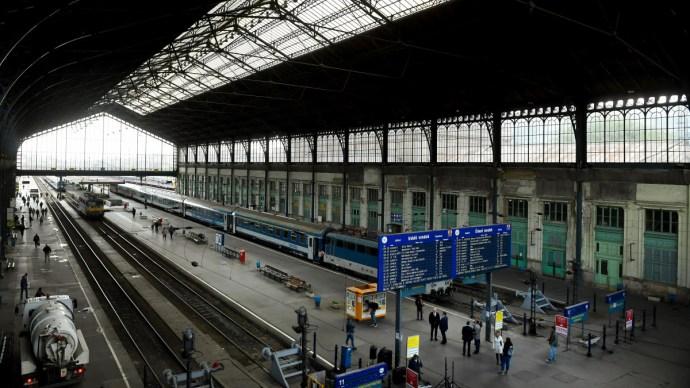 Megmutatjuk, hogy néz ki üveg nélkül a Nyugati pályaudvar csarnoka – képek