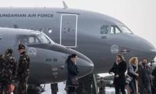 Áder nem megy Bukarestbe, mert már a földön sikerülhetett összetörni az egyik kormánygépet