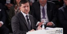 Zelenszkij szerint a béke feltétele Ukrajnában a megszállt területek visszaadása