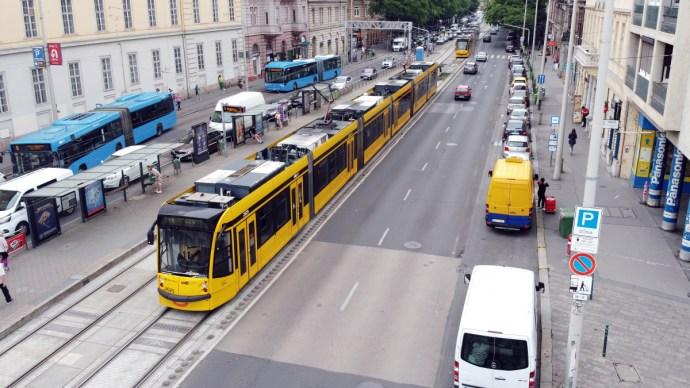 Fontos hír az autósoknak és a 4-es, 6-os villamos használóinak