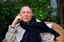 Kitüntetik Imre Kertészt augusztus 20-án