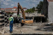 Ellepik a feketemunkások a vendéglátást és az építőipart