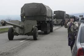 A  donyecki szakadárok harckocsik és fegyveresek érkezését várják