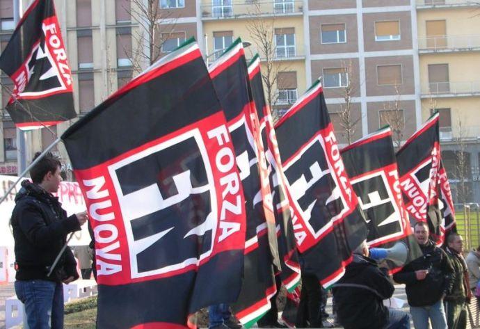 """Újabb ok a rettegésre: egy hónapon belül másodszor gyűlt össze több száz """"náci"""" Milánóban"""