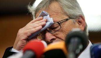 Merkel is kihátrál Juncker mögül?