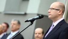 Cseh miniszterelnök: Humanitárius katasztrófa vár Ukrajnára