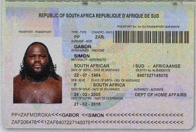 Újabb Simon-útlevelet találtak