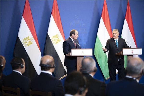 Orbán: Berlin biztonsága Egyiptomnál kezdődik