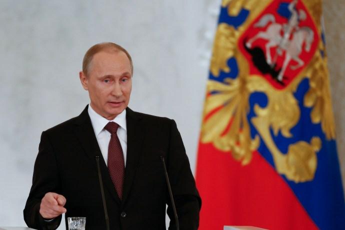 Moszkva megtorolja a szankciókat, az USA megerősíti a NATO-t