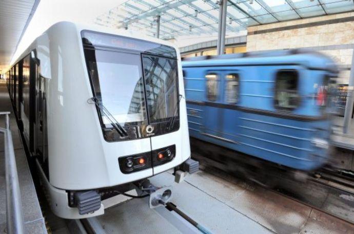 Vágányra zuhant tolvaj miatt nem járt a metró