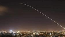 A szíriai légvédelem lelőtt egy izraeli katonai repülőgépet (képek, videó)