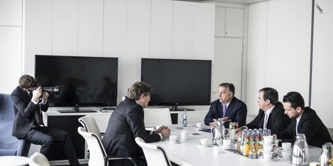Orbán a Welt am Sonntag-nak: Nem lehet a világnak úgy segíteni, hogy tönkretesszük a saját népünket