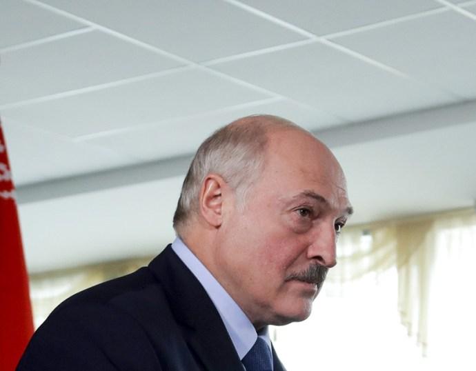 Lukasenka: nincs szükség külföldi közvetítőkre